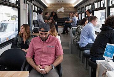 Otobüs Yolculuğunda Keyifli Vakit Geçirmenin 6 Kolay Yolu