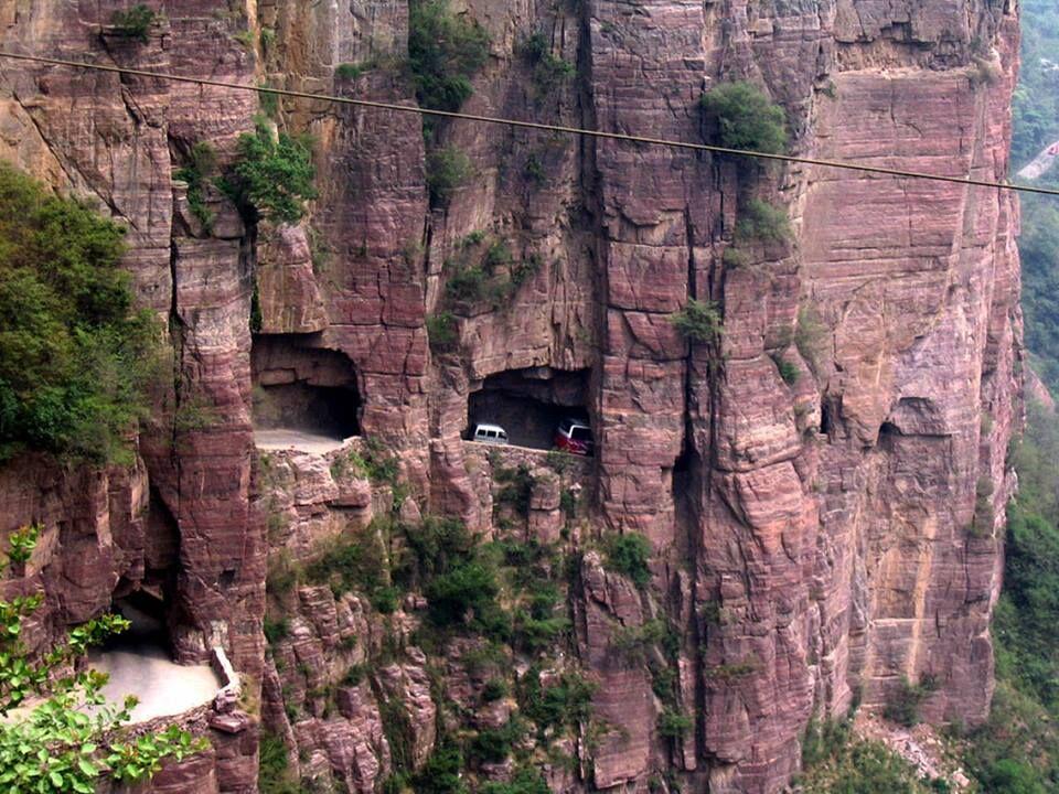 Guoliang-tunel-yolu-cin