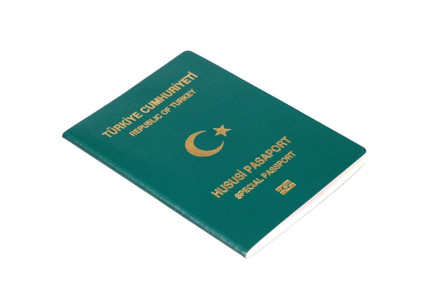 hususi-yesil-pasaport