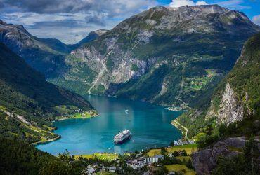 Coğrafi Piyano Norveç'in Fiyordları