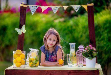 Yaz Sofralarının Ferahlatan İçeceği Limonata Hakkında 7 Bilgi