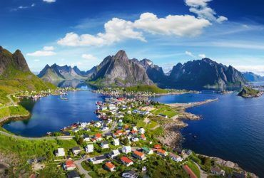 Alplerin Eteğine Kurulu Masal Şehirler