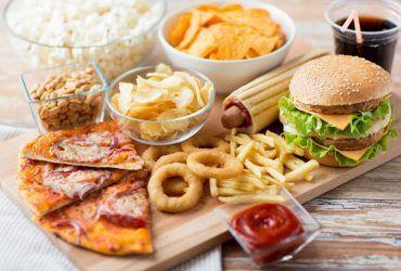 Yolculukta Tüketmemeniz Gereken 7 Gıda