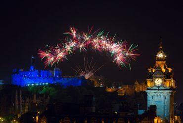 Dünyanın En Görkemli Yılbaşı Kutlamaları